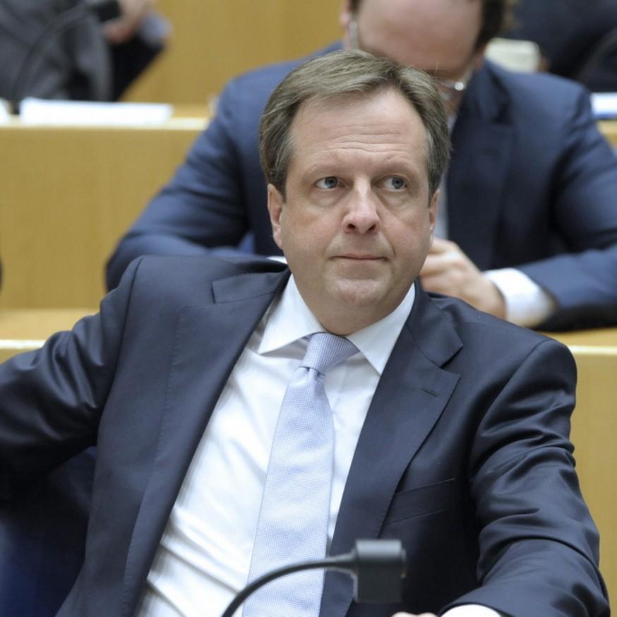 D66, linkse partij met 'muts van VVD op'